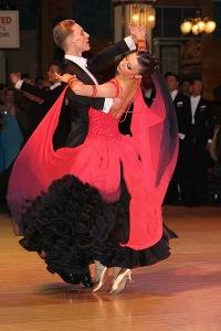 танцам юниоров бальным для фото по платьев