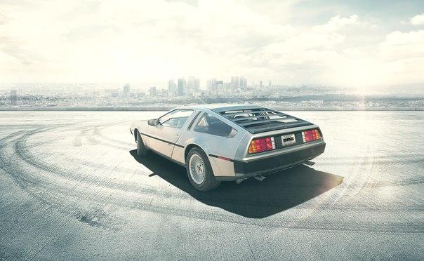 Компания DeLorean возобновляет выпуск автомобилей