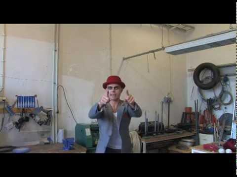 Lär dig jonglera med David Eriksson, Cirkus Cirkör - del 2, tre bollar
