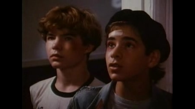 [ru]Degrassi Junior High - 1x04 - The Cover-Up