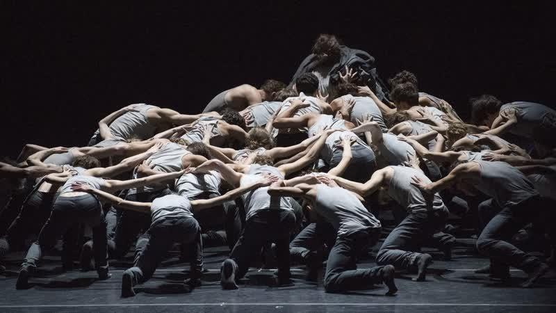 Flight pattern [Choreography: Crystal Pite] - The Royal Ballet