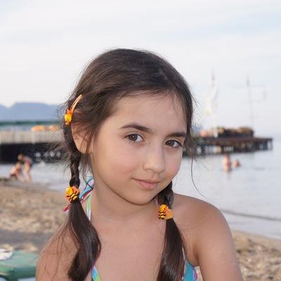 Полина Кацман, 15 апреля 1999, Кривой Рог, id229255323