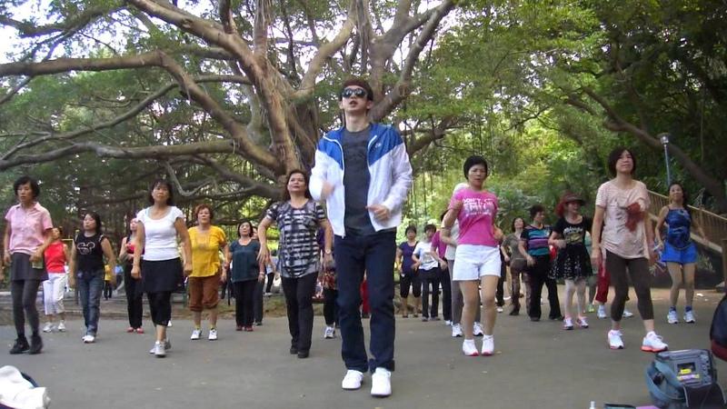 27 陳小雲 愛情恰恰 天母韻律操隊Max舞曲 2011 11 06