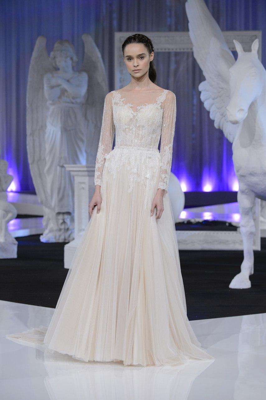 W4E55g0R6o0 - Коллекция свадебных платьев Nicole