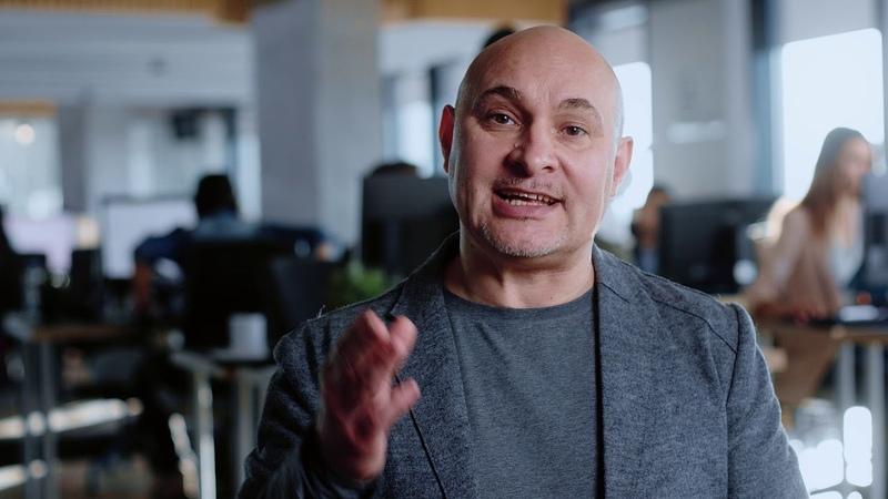 DSS | CEO Константин Кирст об искусственном интеллекте и торговых возможностях крипто-робота