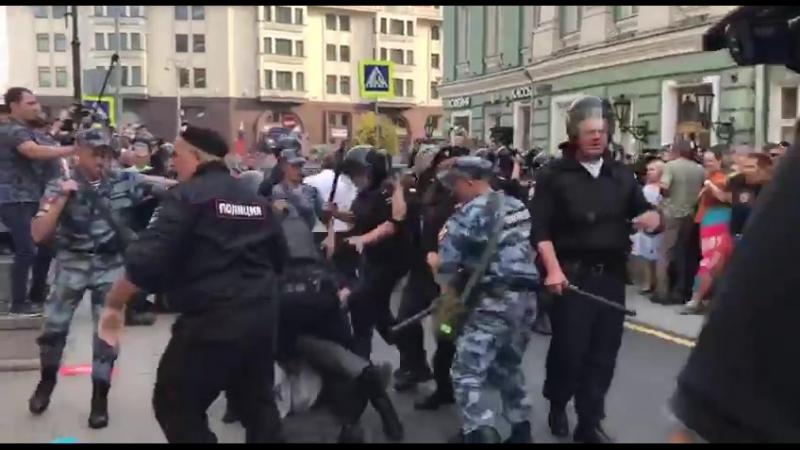 А это Москва прямо сейчас. Видео Новой... - Dmitriy Semenov