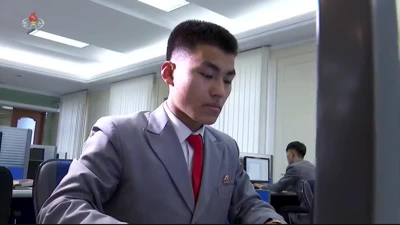 정보과학발전의 앞장에서 -김일성종합대학 정보과학대학-