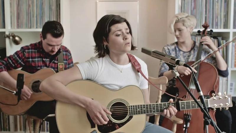 Hattie Briggs - Never Been in Love Before (Live Video)