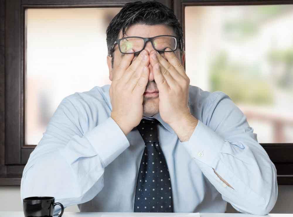 Гель в сперме, сопровождающийся усталостью, может быть показателем низкого уровня тестостерона.