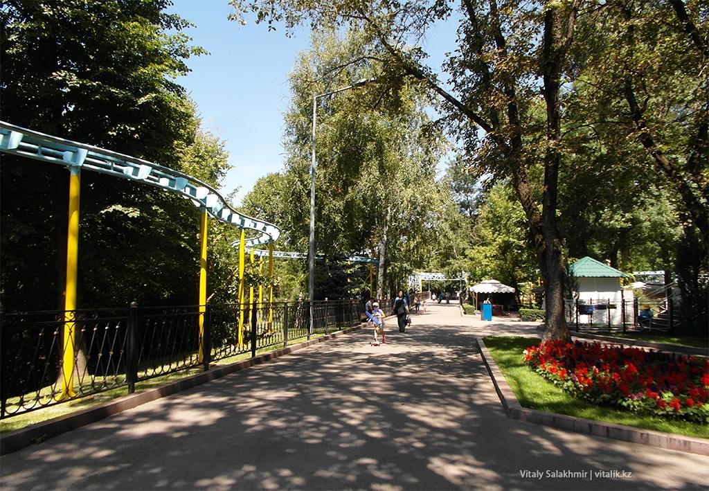 Бывший лунапарк в Парке Горького Алматы 2018