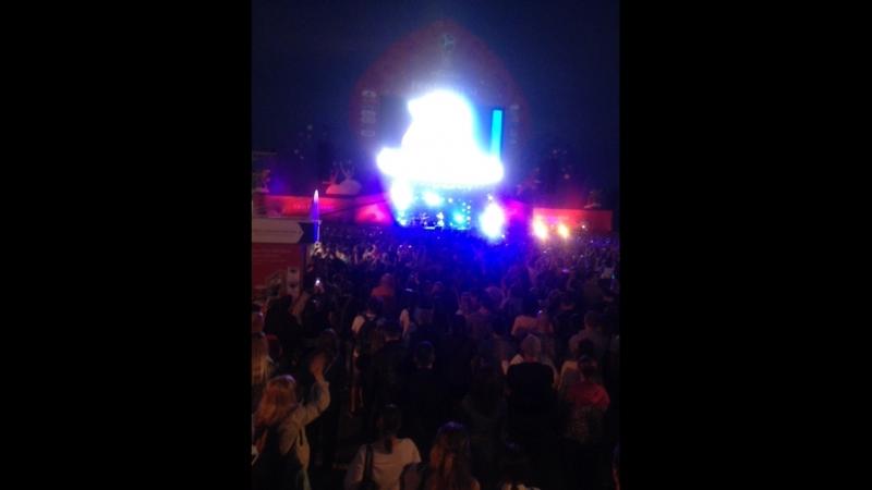 Мумий Троль закрывает фан-зону в Калининграде
