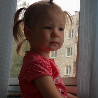 Оксана *****, 30 октября , Солнечнодольск, id150044797