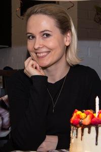 Мари Панова