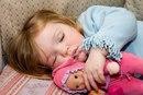Как правильно уложить ребенка спать?