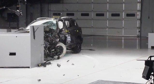 RAV4 crash test