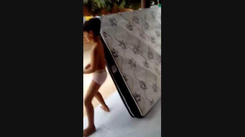 Meu primo Dançando 720P HD mp4