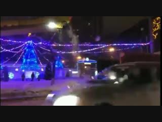 А вот как в Воронеже убирают снег