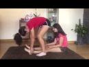 Yoga Challenge от двух девушек.