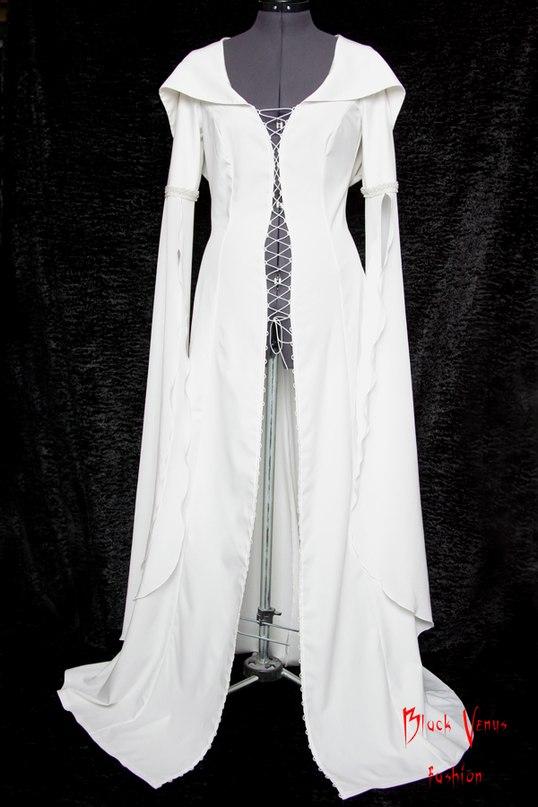 Платье легенда об искателе