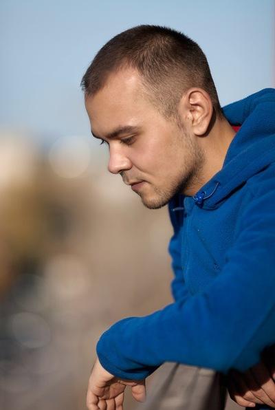 Антон Садырин
