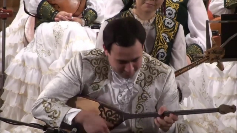 Arman Judebaev on the dombra,(