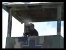 [v-s.mobi]ПЬЯНЫЙ! Русский vs Немцы(фашисты) прикол) Маски-шоу - нападение на.3gp