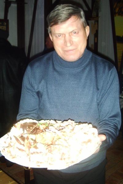 Николай Голик, 1 января 1952, Киев, id198709107