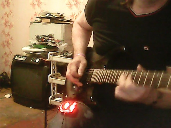 Randy - funky groove backing track in E min