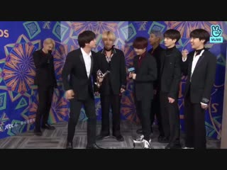EVERYONE IS TOO STUNNED TO RESPOND JIN'S KISS THEY FORGOT TO GIVE HIM APPLAUSE QUOTE VERY