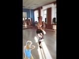 Глюк'oZa танцует под песню Rihanna