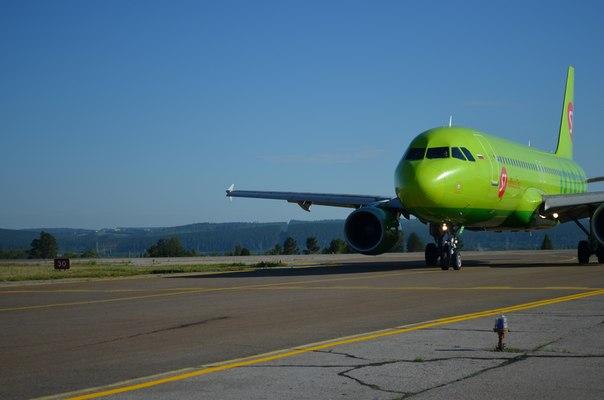 Airbus A320. Споттинг в иркутском аэропорту
