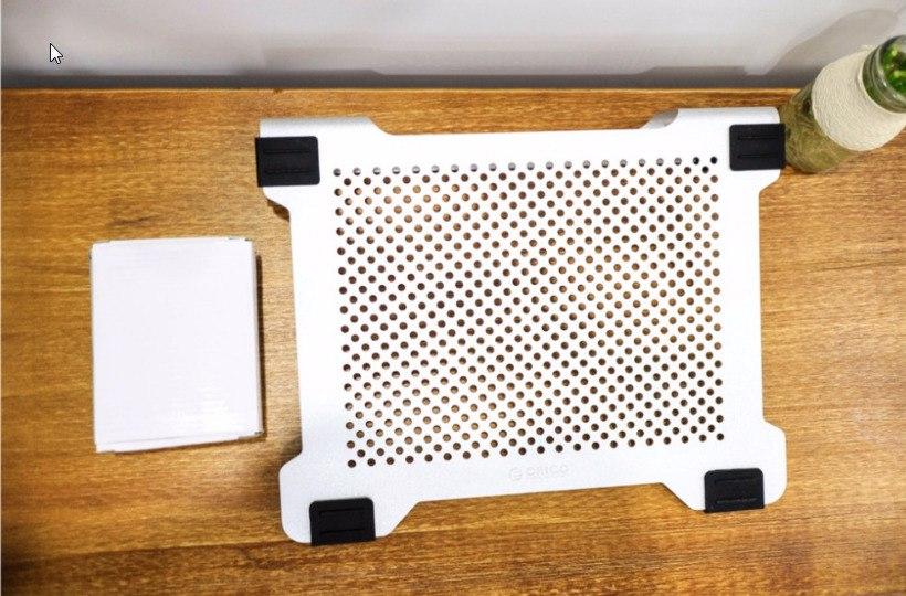 Подставка для ноутбука с охлаждением -