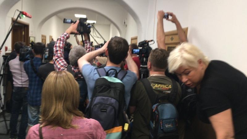 Осуждение экс зам. министра по культуре Григория Пирумова в Басманном суде г. Москвы