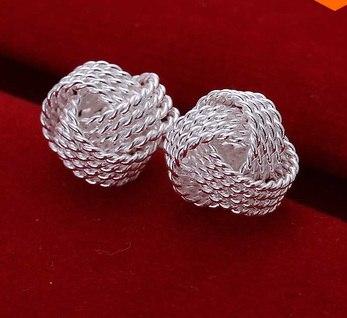 Сережки Матеріал: стерлінгове срібло, 925 ширина 9 мм, висота 1 см ЦІна - 125 грн  Для того, щоб зробити замовлення потрібно написати адміністратору http://vk.com/id106161997