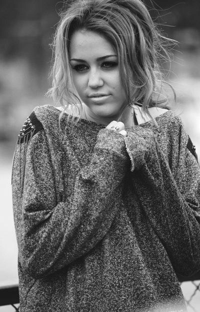 Miley Cyrus, 2 апреля 1988, Ярославль, id171046234