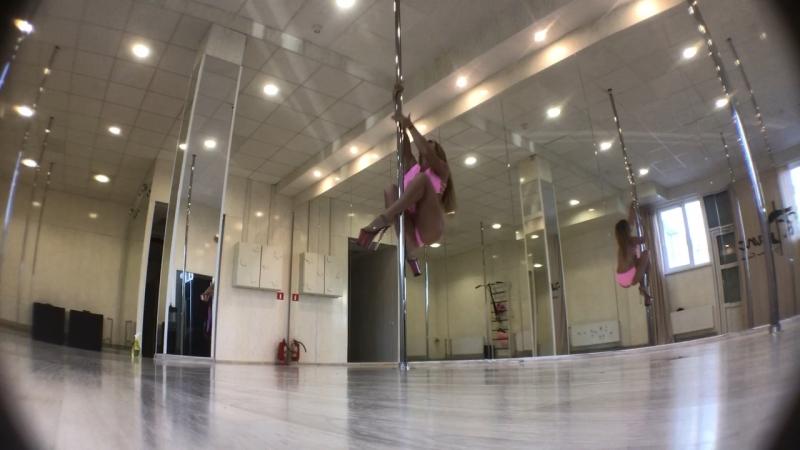 Tatyana Kurochkina Exotic Pole Dance