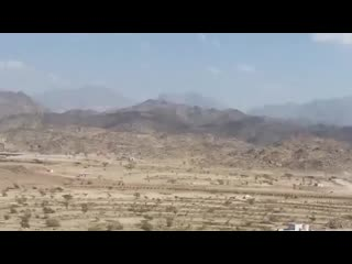Real UFO With Aliens Caught On Camera From Saudi Arabia   UFO Or Military Vehicle? Alien Sightings