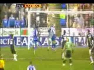 Джону Терри пришлось встать в ворота, когда оба вратаря «Челси», Петр Чех и Карло Кудичини, получили травмы во время матча. Он надел на себя футболку под номером 40, принадлежащую третьему вратарю «Челси» Энрике Илариу. Несмотря на то, что матч продлился