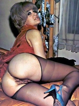 Busty mixed girl porn