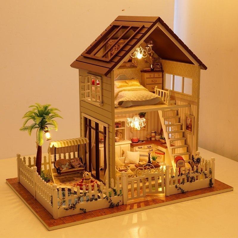 Кукольный домик -
