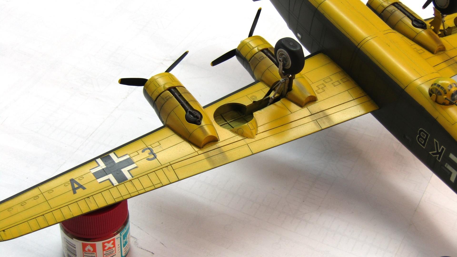 B-24H Liberator 1/72 (Academy) EK3pND3Gb9Q