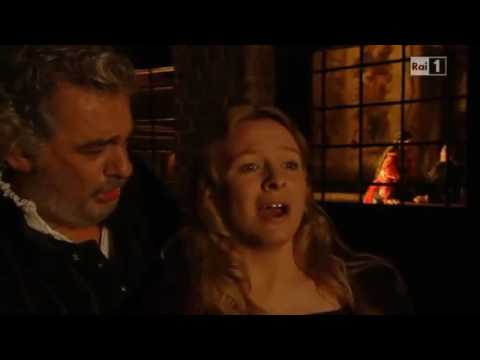 Placido Domingo sings Bella figlia dell'amore quartet from Verdi opera Rigoletto