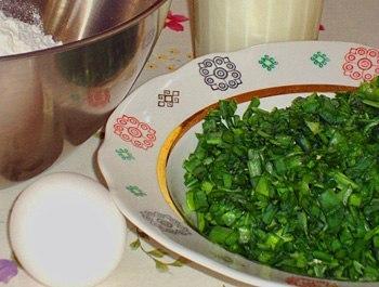 Оладьи на кефире с зеленым луком