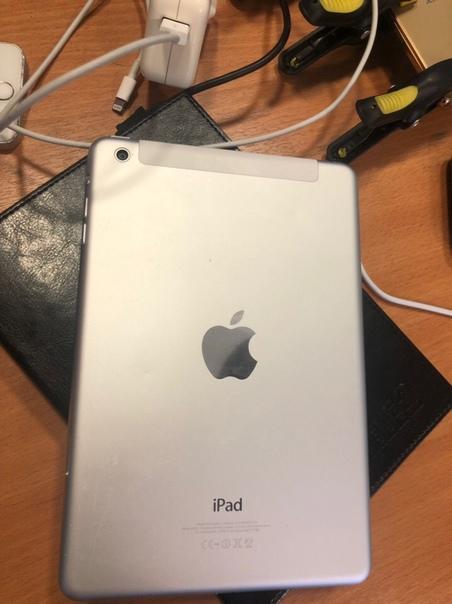 Продам iPad mini 32gb 4G