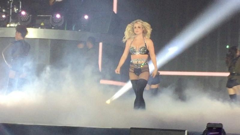 Britney Spears- Work Bitch