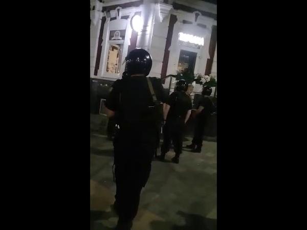 Депутат-единоросс отказывается оплачивать счет в караоке-баре (часть 2)