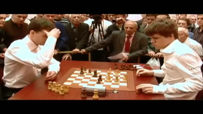 Magnus Carlsen fait une terrible gaffe en blitz contre Boris Savchenko et perd la partie