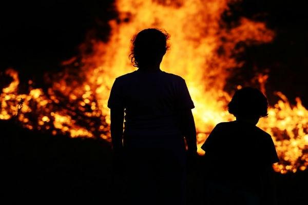 В Ростовской области будут судить мать, по вине которой сгорели трое детей