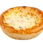 Пирожок Лоранский с красной рыбой и сливочно-сырным соусом, 170 г
