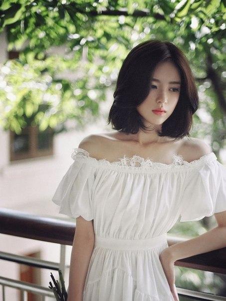 Хрупкая азиатская красота.